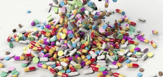 Ce n'est un secret pour personne que les prix des médicaments augmentent, mais dans quelle mesure la hausse des coûts est-elle expliquée par l'avènement de nouveaux médicaments plus efficaces ? Une étude de l'Université de Pittsburgh a révélé que les nouveaux médicaments qui arrivent sur le marché font monter les prix, mais les fabricants augmentent également les prix des médicaments plus anciens.