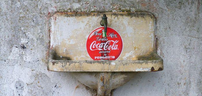 Une enquête publiée par le BMJ révèle comment Coca-Cola a façonné la science de l'obésité et la politique de santé publique en Chine dans le sens de ses propres intérêts.