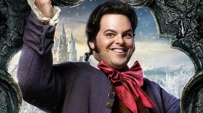 Disney prépare une adaptation en film du Bossu de Notre-Dame et Josh Gad est pressenti pour incarner Quasimodo.