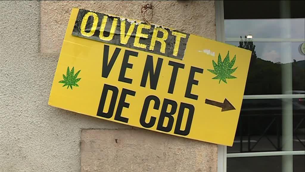 Depuis quelques années, on parle énormément du CBD pour le cannabidiol, un composant issu de la marijuana. Selon ses partisans, ce serait un traitement magique contre la douleur. Mais comme d'habitude, ses déclarations sont prématurées. Le CDB est efficace dans certains domaines, notamment l'épilepsie, mais tout le reste est juste du battage médiatique.
