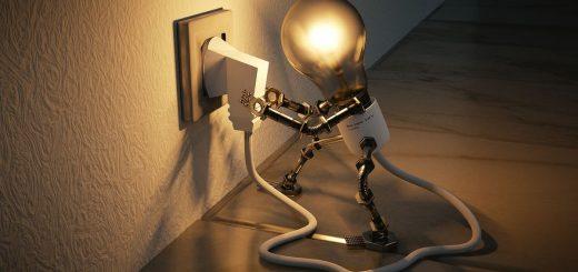 Une impulsion électromagnétique (IEM) fait partie des scénarios apocalyptiques. Mais une panne électrique majeure provoquerait un effondrement en cascade. Est-ce qu'on peut s'y préparer et comment le faire dans nos sociétés modernes ?
