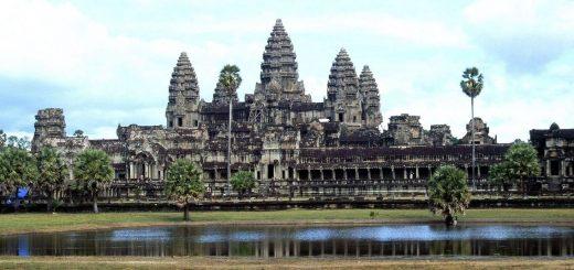 Angkor Vat est la principale attraction touristique au Cambodge. Et les fouilles archéologiques nous donnent une idée de la civilisation qui y habitait.