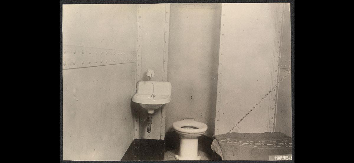 La vie en prison aux Etats-Unis est l'une des plus cruelles qui existe. La loi du talion a inspiré ce mode carcéral et cela empire la situation des détenus dans leur réhabilitation.