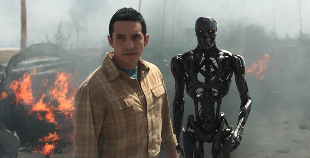 On attendait beaucoup ce Terminator: Dark Fate produit par Cameron. Il arrive à laver les saletés de ces prédécesseurs, mais l'aspect brouillon gâche tout le reste. De bonnes idées, mais Dark Fate nous prouve que la thématique des robots tueurs doit rester dans le cimetière ensoleillée de notre jeunesse et enfance des années 1980.