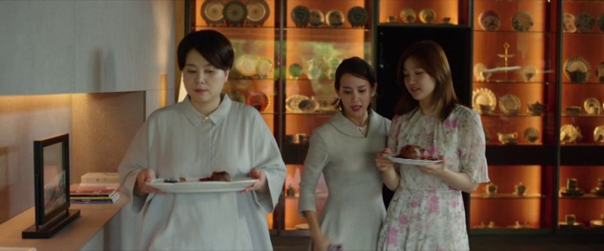 A part le fait qu'un coréen obtienne une palme, est-ce que son Parasite est-il vraiment digne d'éloge ou une critique rabâché sans aucune originalité.