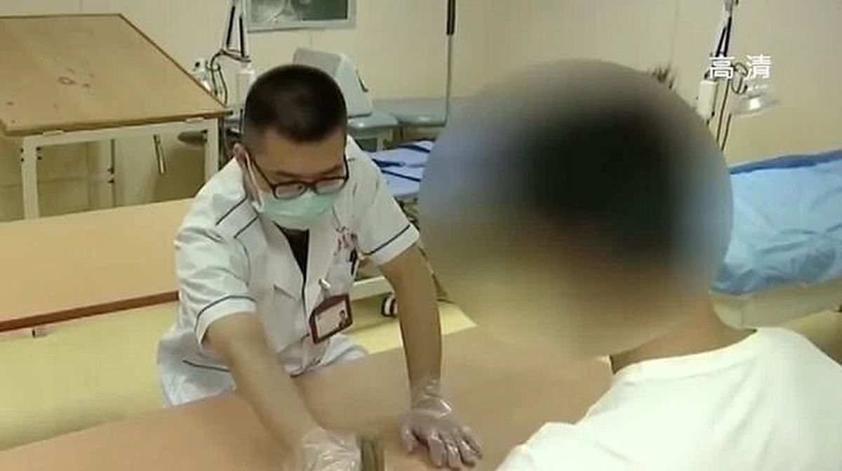 Un adolescent chinois de 15 ans a subi un AVC parce qu'il a joué aux jeux vidéos pendant 1 mois, quasiment jour et nuit. Routine pour un glandeur.