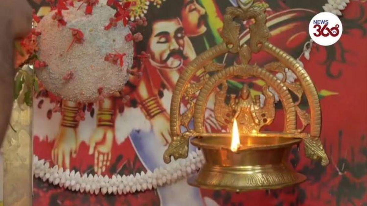 """C'est tellement la merde dans des pays comme l'Inde que certains ont commencé à prier la """"Corona Mai"""" ou """"Déesse Corona"""" pour qu'elle arrête ses bêtises."""