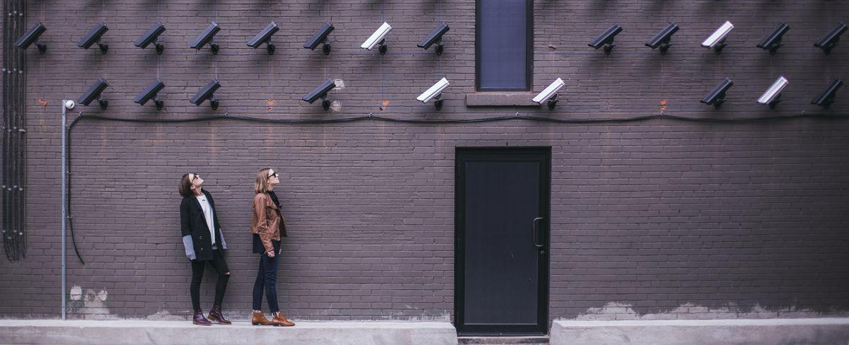 WireGuard est un protocole qui fait parler beaucoup de lui ces derniers temps. Il va améliorer la sécurité et la vitesse des VPN, mais il y a aussi des inconvénients.