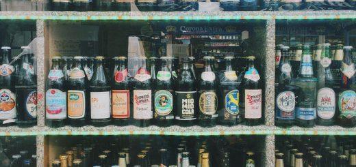 Une étude suggère que la consommation du tabac et de l'alcool contribue à augmenter la consommation des drogues illégales comme le cannabis.