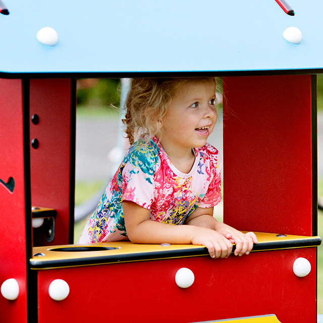 Playhouses-and-girl.jpg