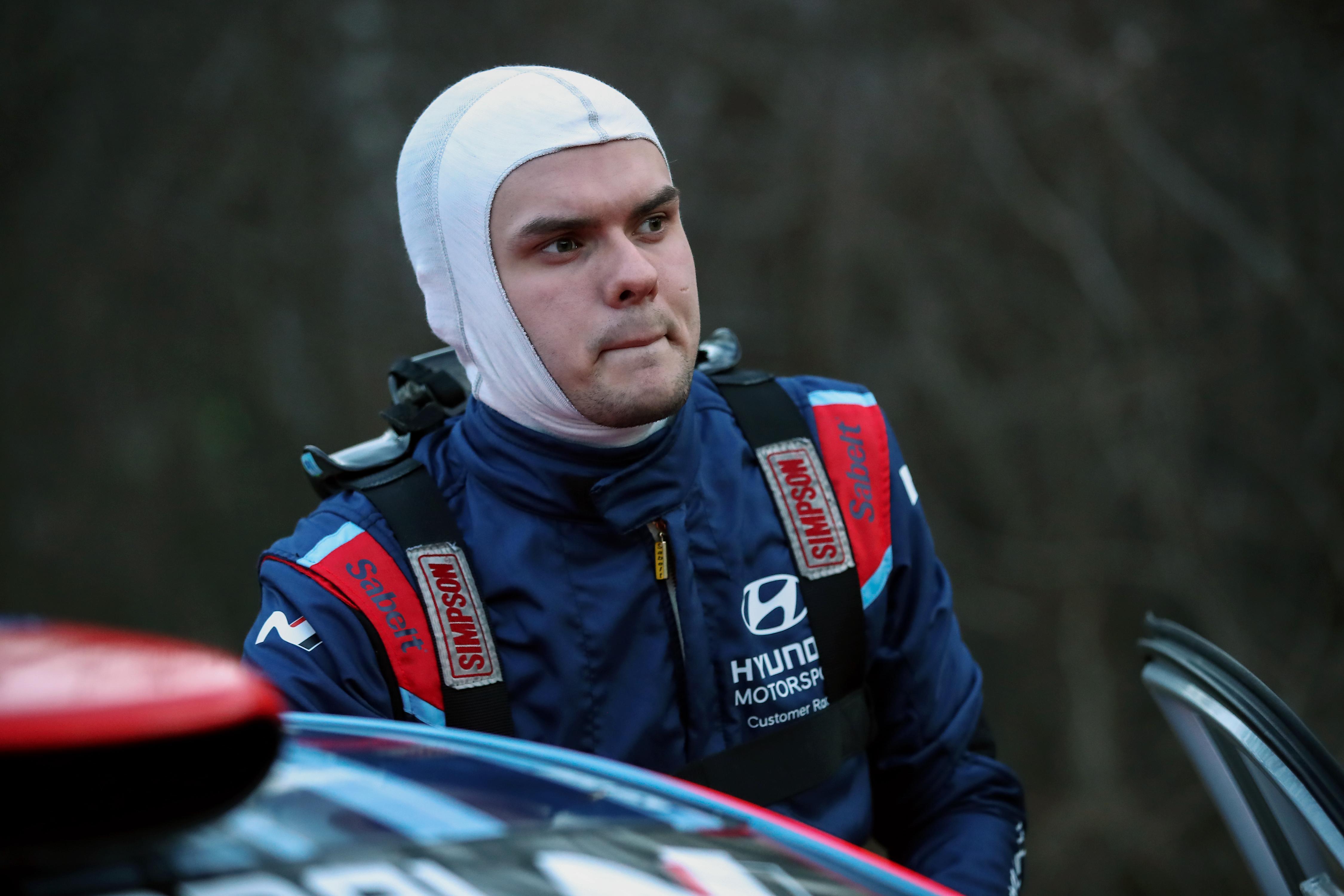 En cas de doute, sortez la manette: le champion ERC1 Junior Gryazin s'adapte à un nouveau copilote