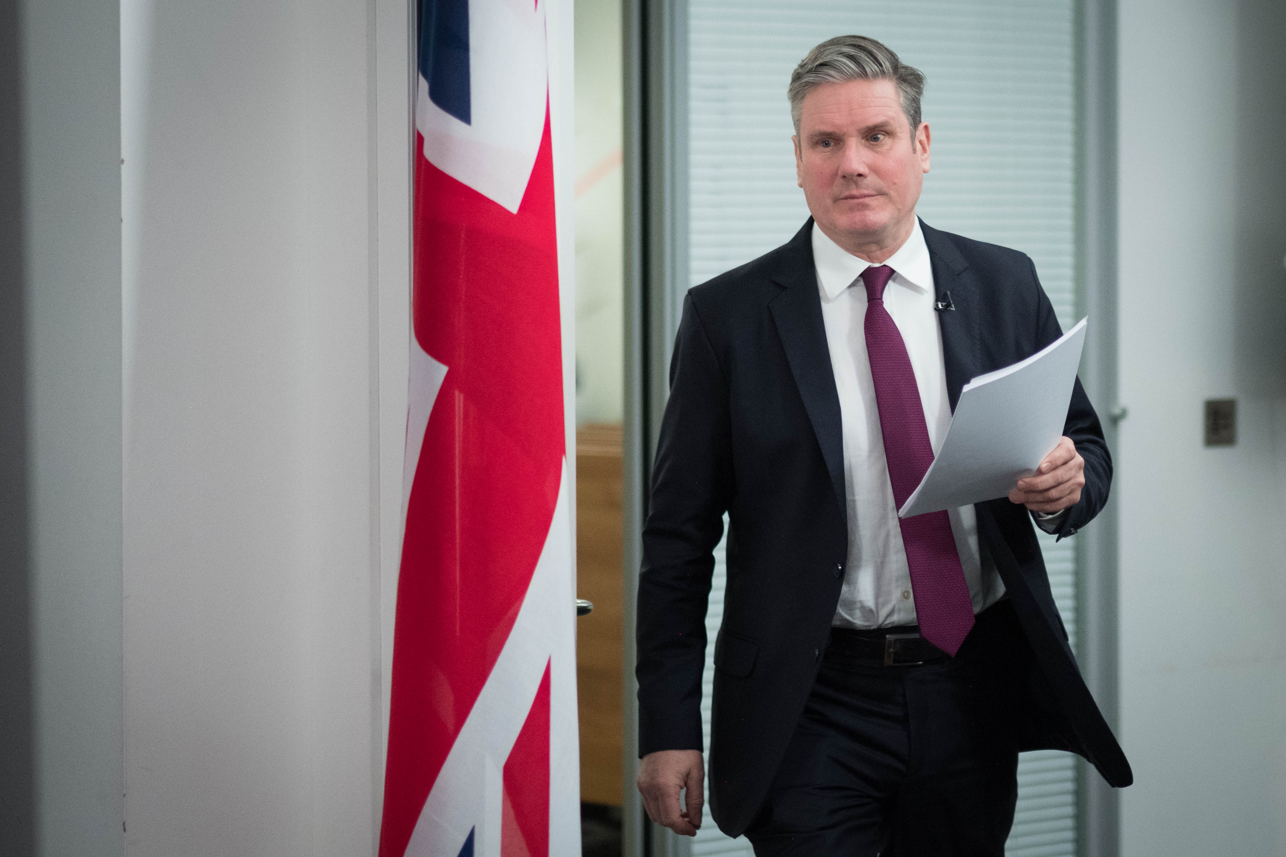 Starmer tells Johnson bereaved families 'deserve to know' when Covid inquiry will began as pressure grows on PM