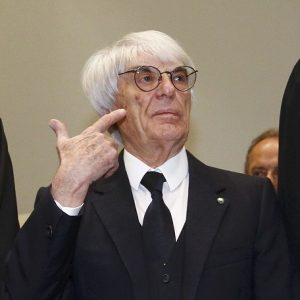 Formula One chief executive Ecclestone arrives at court in Munich
