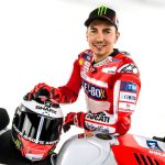 jorge-lorenzo-fan-hand-rtr-sports
