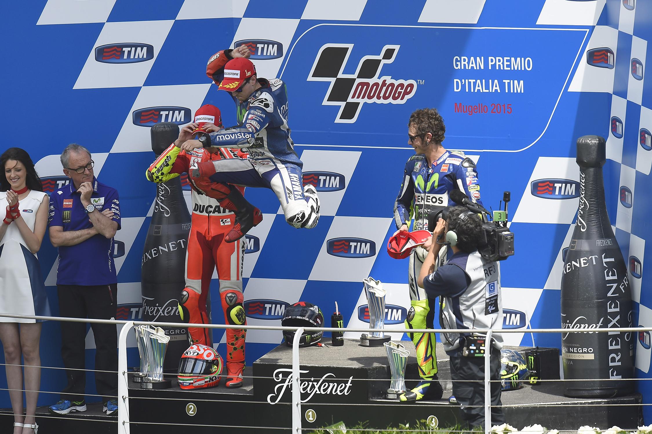 rossi-lorenzo-mugello-podium