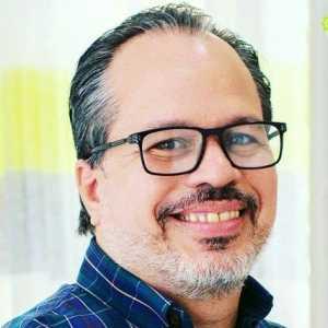 Eduardo Houellemont, LMHC, Ma