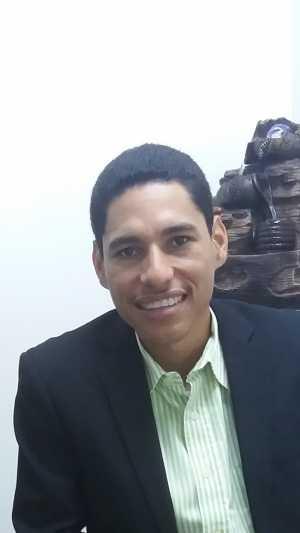 Eybar Sanguillén M. Psicólogo Clínico