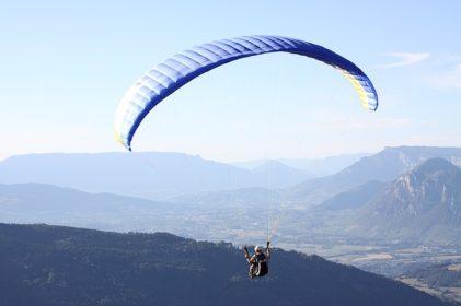 paragliding-1446867_640
