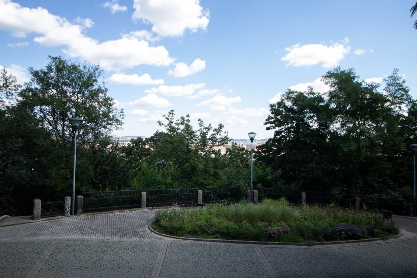 Park Mrázovka 5