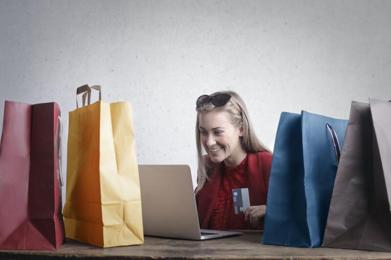 shopping on the internet, nakupování přes internet
