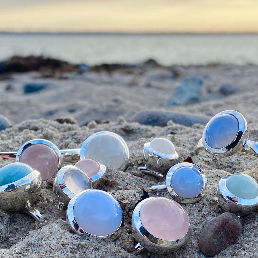 Silversmycken med naturliga ädelstenar. Silver jewelry with natural stones.