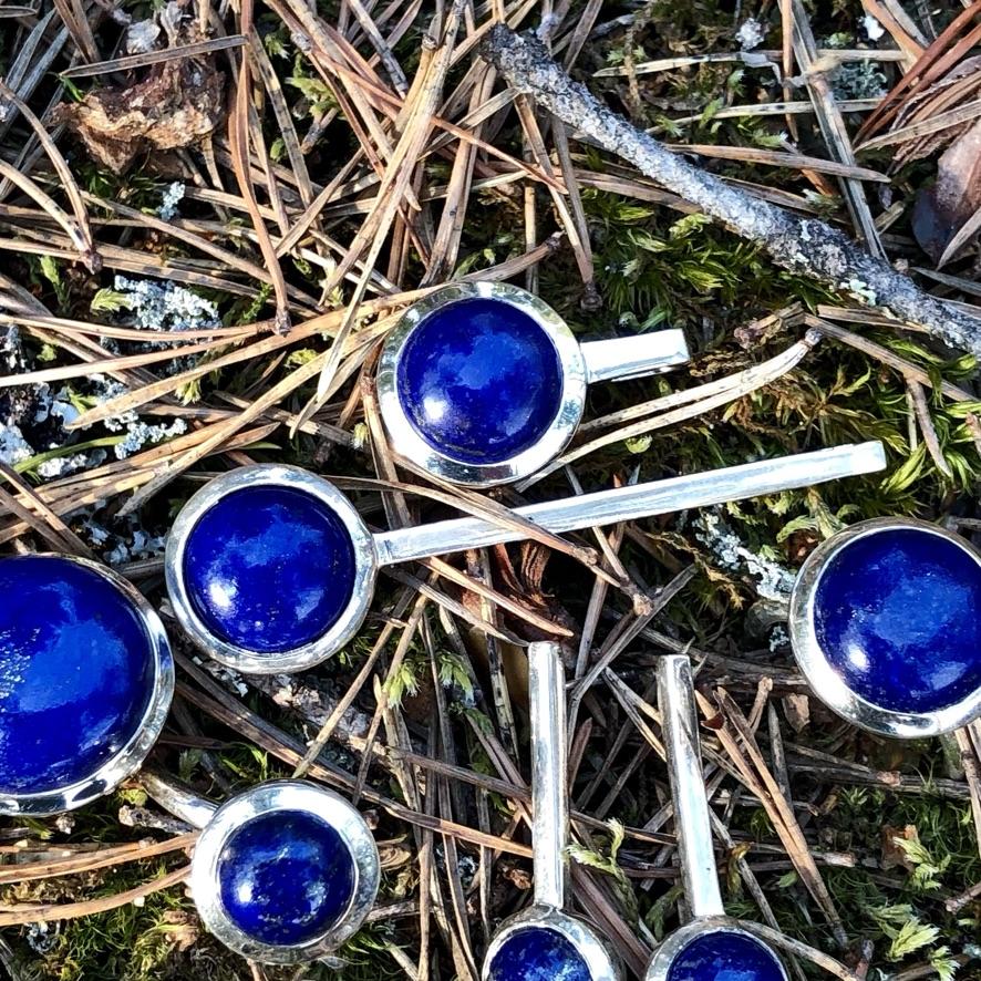 silversmycken med lapis lazuli. Silver jewellery with lapis lazuli
