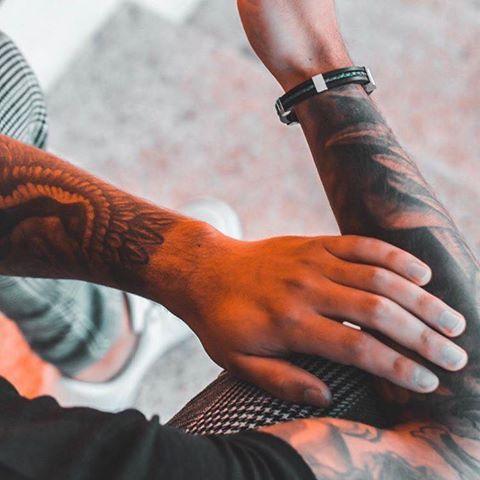 armband på tatuerad kille so sweden