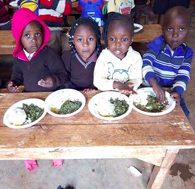 Africulture sponsrar skolbarnens lunch i Kibagare Academy Nairobi.