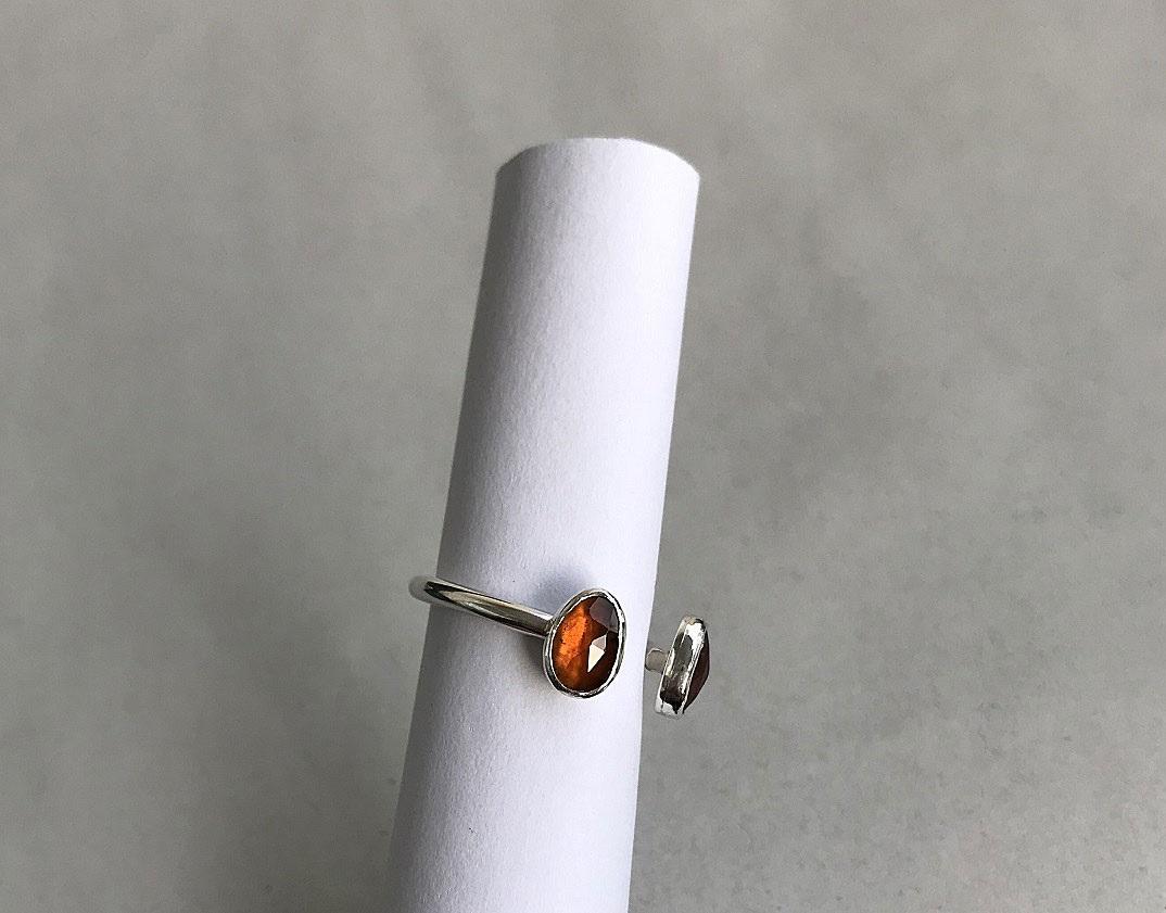 Granat sten ring i äkta silver