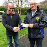 Luke 20duffy 20presenting 20cheque 20to 20john 20cassidy 20clubify
