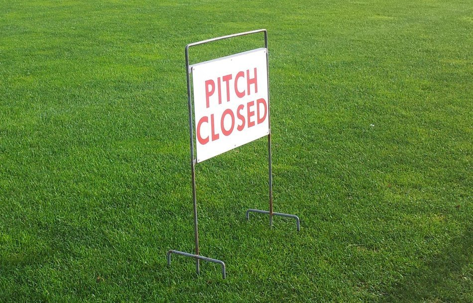 Pitch closed 20  20copy