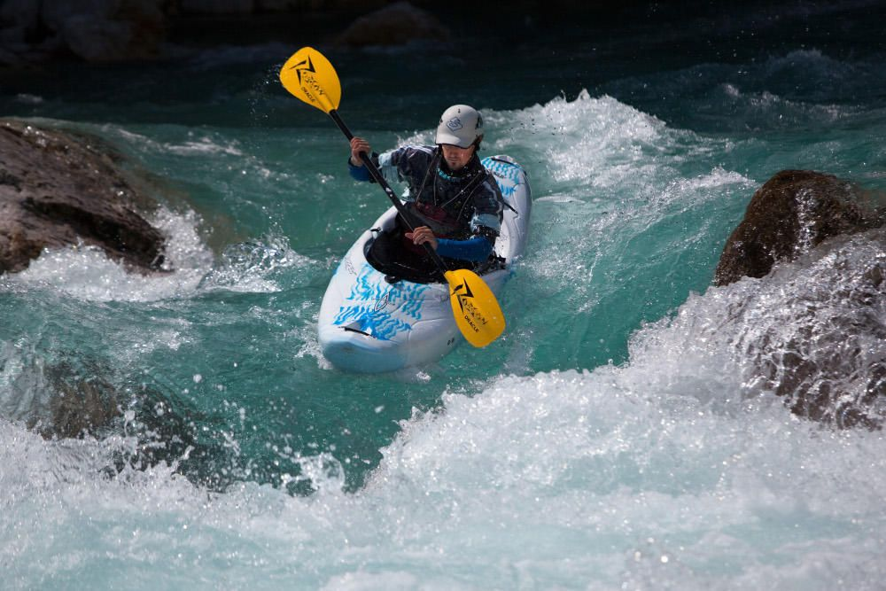 Beginner Kayak Course: 2,5 hours Bovec, Soca River, Slovenia