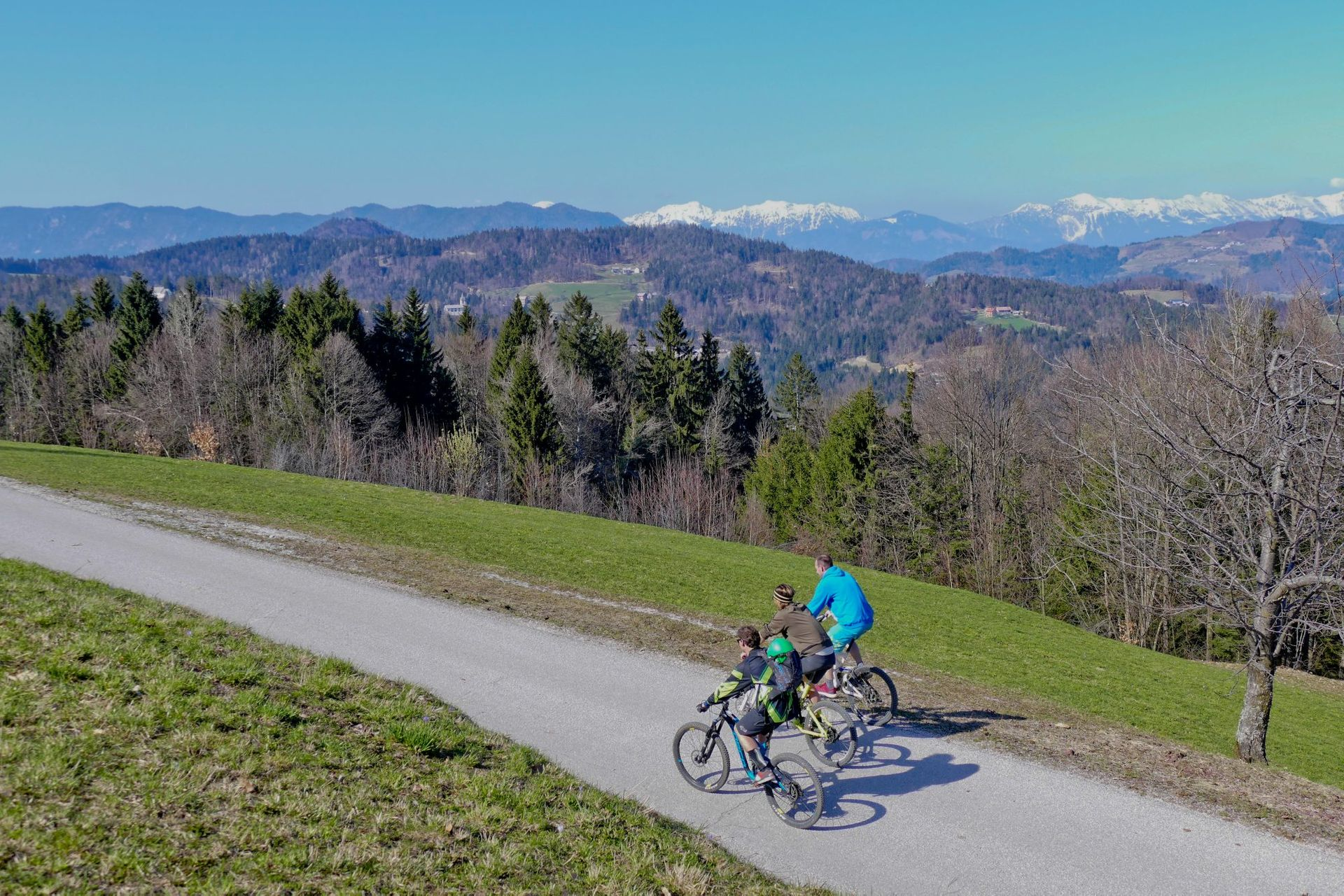 🚴  E-Bike Tour: Škofja Loka and Old Military Road Skofja Loka, Slovenia #38f44449-53a0-4872-bf91-027420a707a2