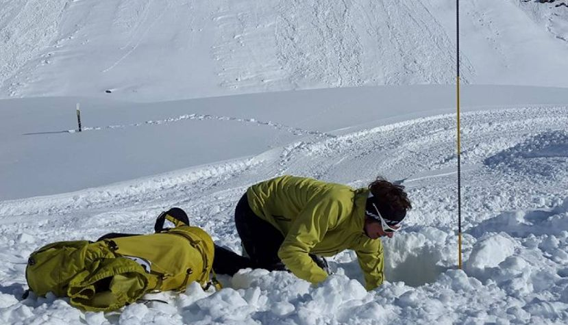Avalanche Group Course - Zillertal Zillertal, Tyrol, Austria #ddb7c721-a23f-4133-a811-5f84ea2edc36