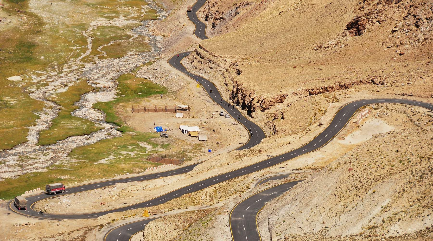 Way of the road - Himalaya Himalaya #7e520747-6052-484c-b9a0-f9d5442c4421
