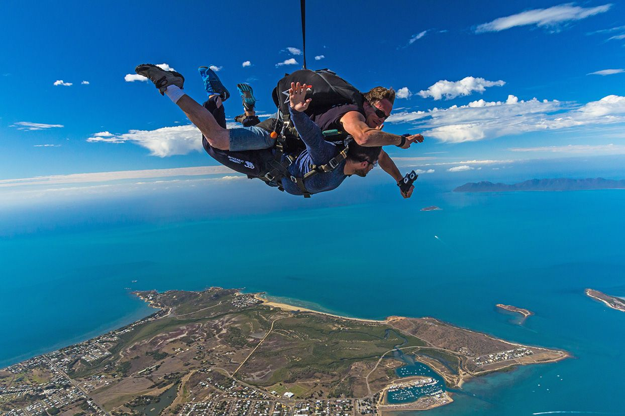 Tandem Skydive 14,000ft Airlie Beach QLD, Australia