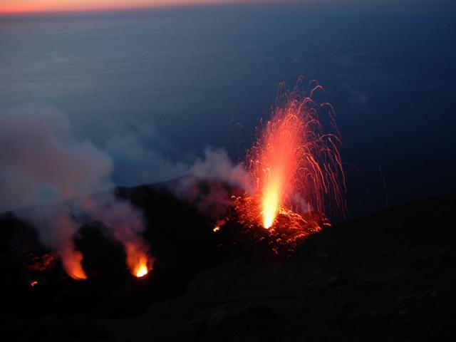 Szicília és a Lipari-szigetek (Vulcano, Strombóli) Szicília és a Lipari - szigetek #c8184296-5dea-4637-a112-370c4ade433a