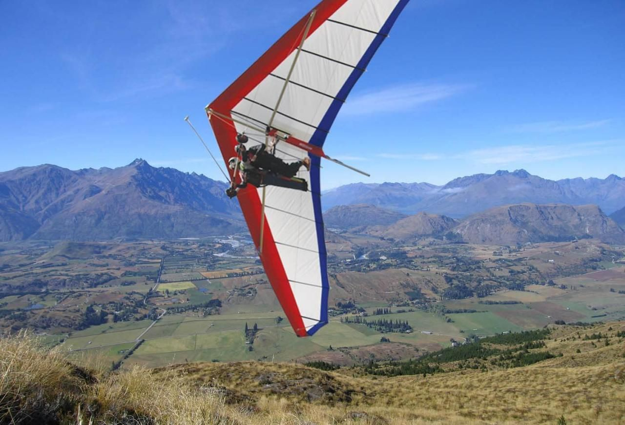 Paragliding and Hang Gliding Combo Queenstown, New Zealand