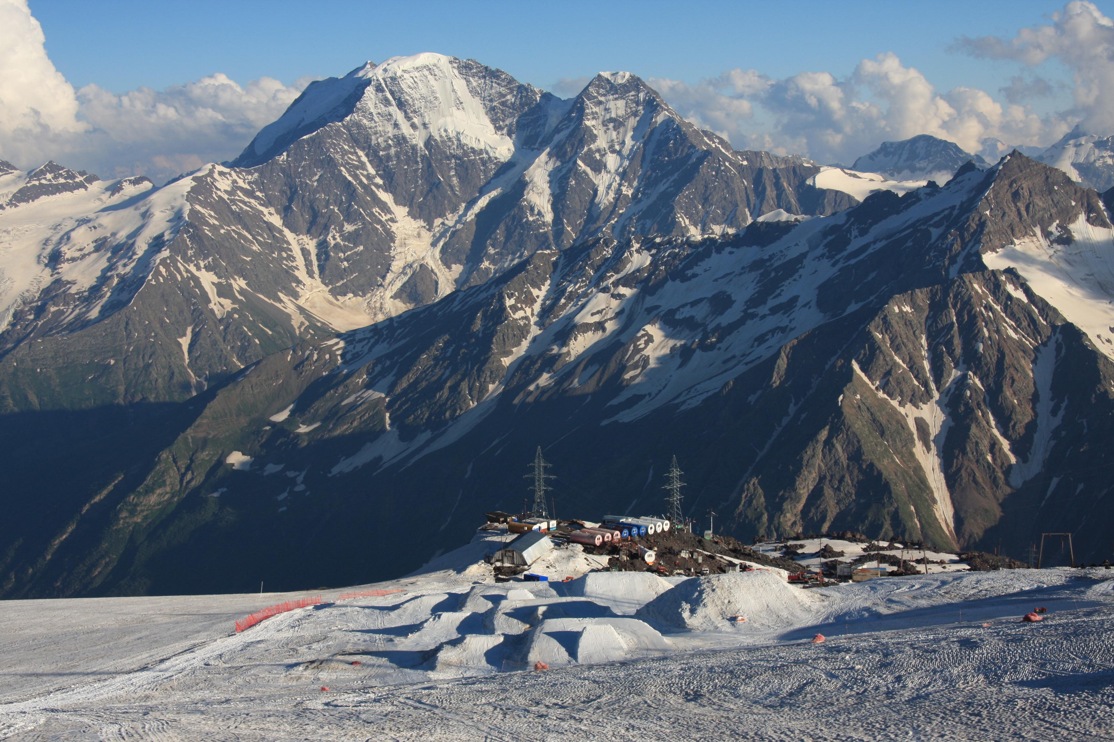 Elbrusz: mászás Európa tetejére (5642 m) Kabard- és Balkárföld, Oroszország #d10e73f1-89f5-4f16-b79b-df08cb837a4f