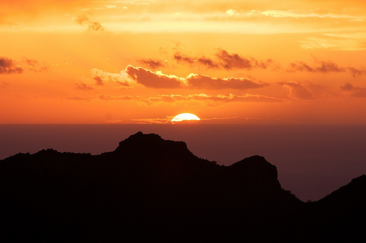 Mount Teide – 3718 m  Mount Teide, Tenerife, Spanyolország #6c068635-ce44-4123-8192-808b2940cd03