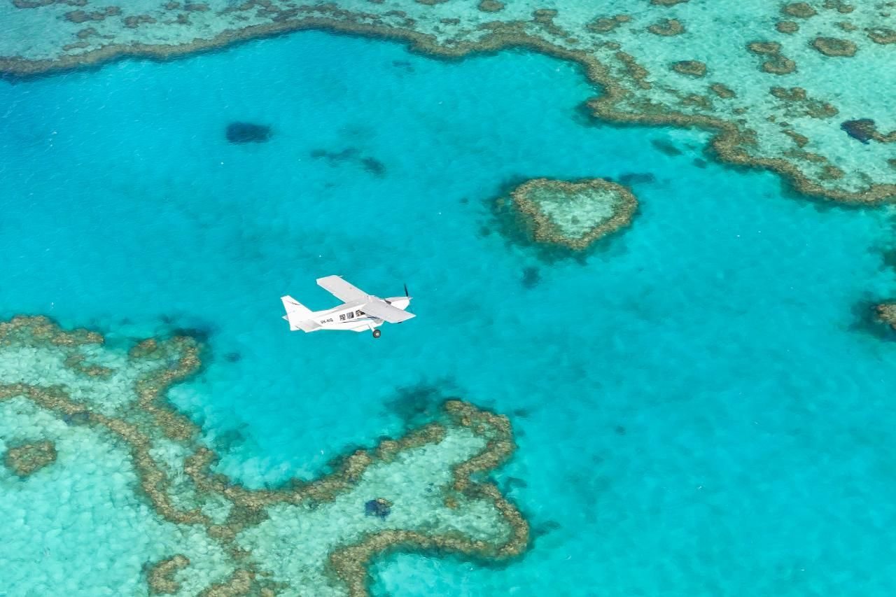 ✈️ Fly + Raft Southern Lights Package Whitsunday, Great Barrier Reef