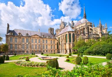 View of the outside of Notre-Dame de Reims on a sunny day
