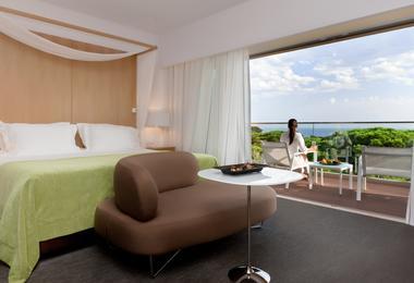 Deluxe suite at Epic Sana Algarve