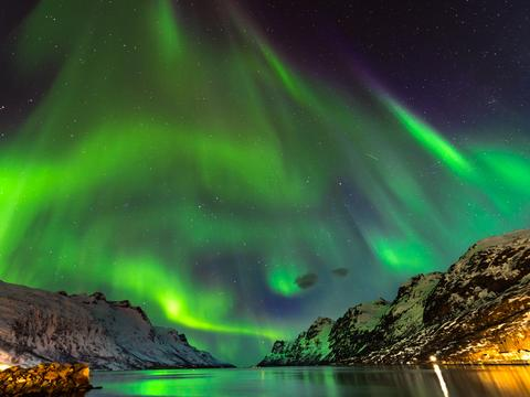 Experience the Northern Lights with Sir Ranulph Fiennes