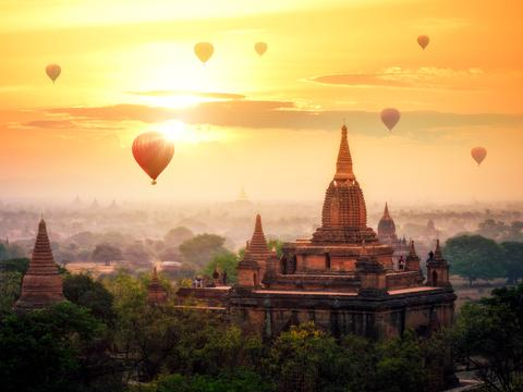 Hot air balloons over Bagan in Myanmar
