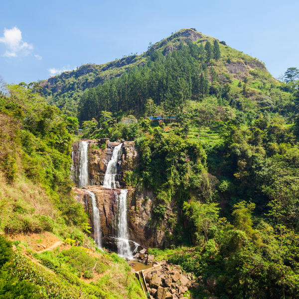 Explore the beautiful island of Sri Lanka on a 12-night tour