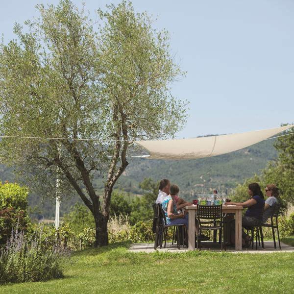 Dining al fresco on a Flavours Holiday in Italy