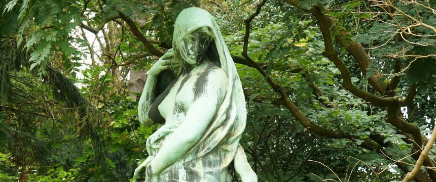 Statue in Meise, National Botanic garden, Belgium