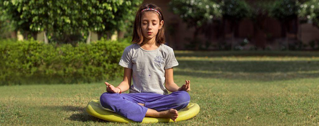 kind-meditation-entspannung