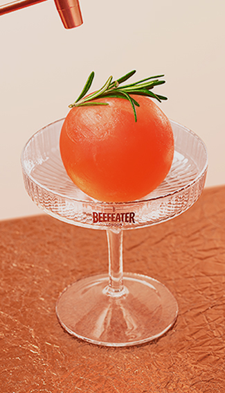 6 BEEFEATER BLOOD ORANGE COCKTAILS